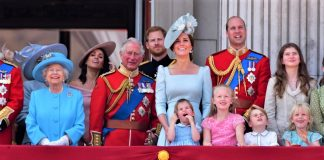 Familia real britanica 324x160 - Inspirando Luz